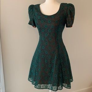 Emerald Green Lace 90's Cocktail Dress